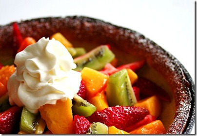 Puffy Pancake w fruit